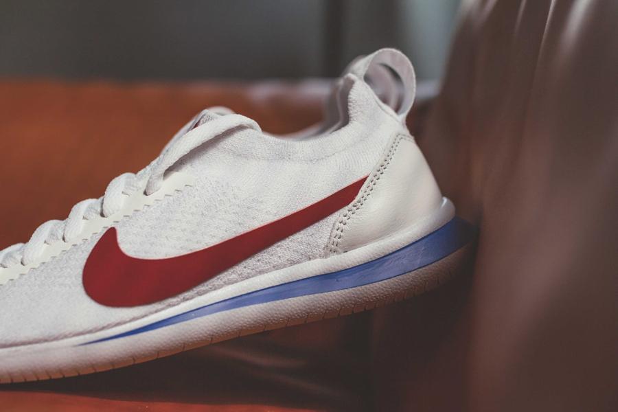 Chaussure Nike Cortez Flyknit OG White Varsity Red (3)