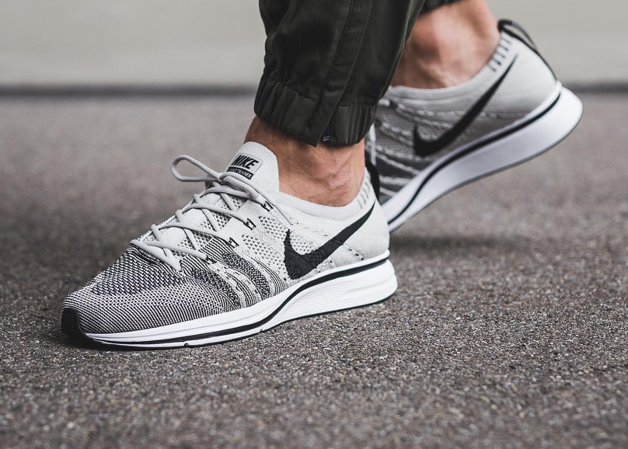 Chaussure Nike Flyknit Trainer Pale Grey