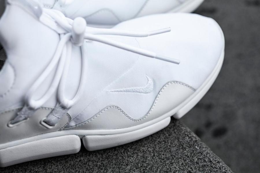 Chaussure Nike Pocketknife DM White (2)