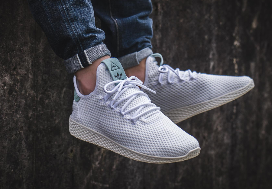 Chaussure Pharrell Williams x Adidas Tennis Hu Pastel Tactile Green (3)