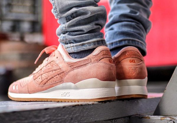 Chaussure Ronnie Fieg x Asics Gel Lyte 3.1GL3 Salmon Legends Day (1)