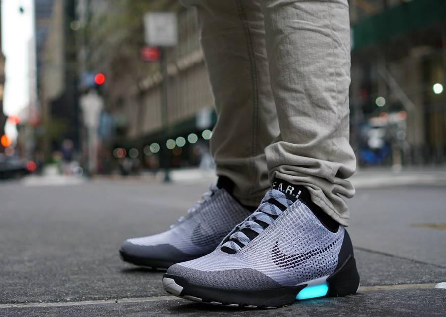 Nike Hyperadapt 1.0 Metallic Silver - @frostythecashman_