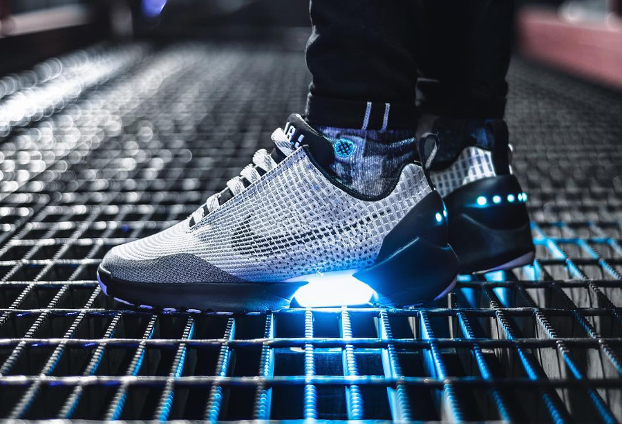 Nike Hyperadapt Metallic Silver - @don_shoela