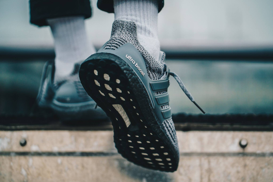 basket-adidas-ultra-boost-grey-two-CG3041 (3)