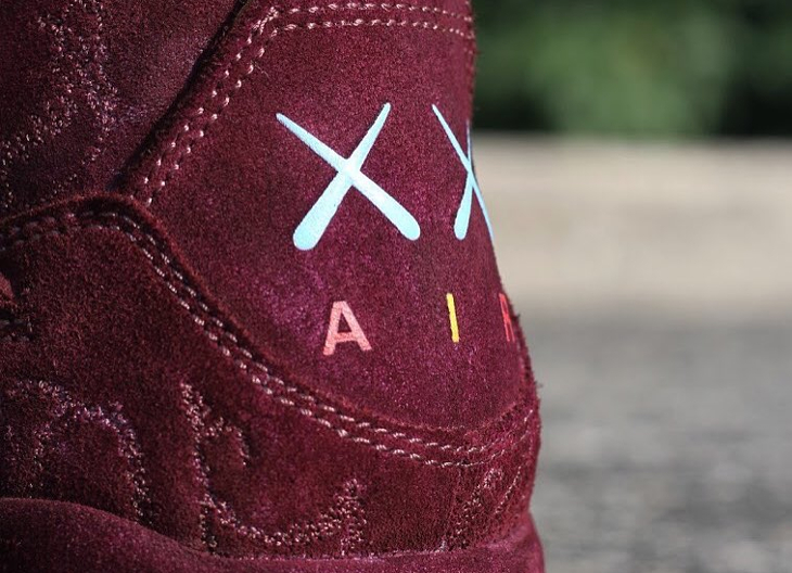 basket-air-jordan-iv-kaws-cherrywood (1)