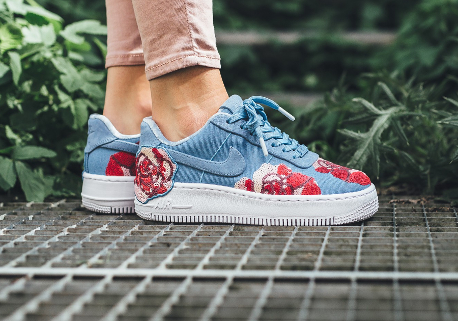 Nike Air Force 1 Upstep LX Floral Rose Sequin (femme)