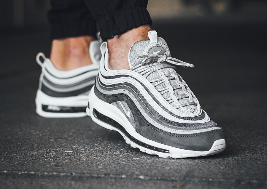 chaussure-nike-air-max-97-wolf-grey-og-