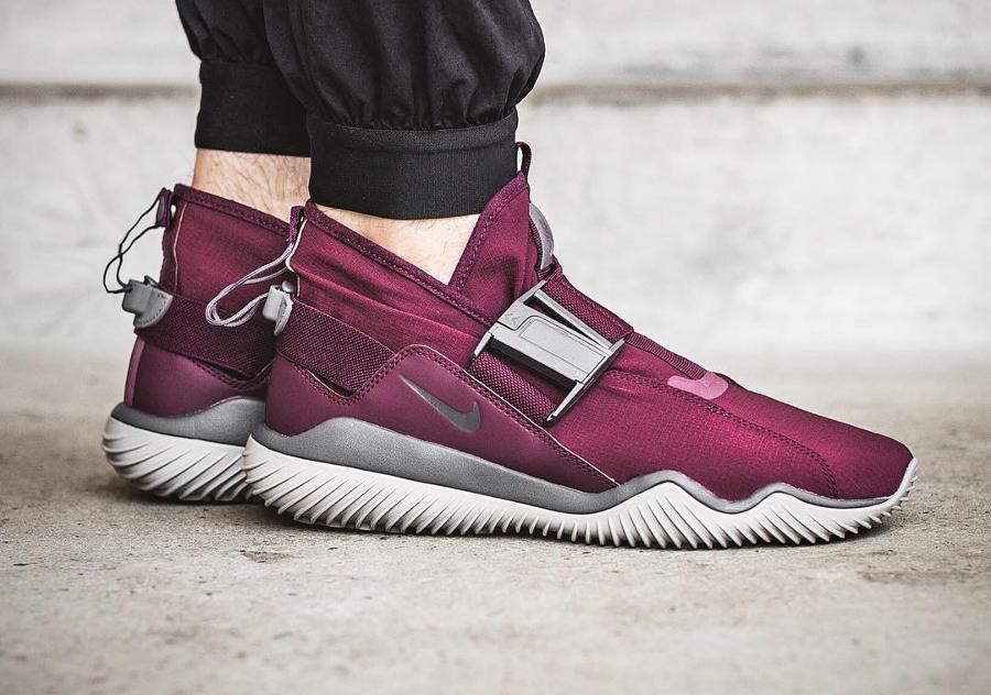 chaussure-nike-kmtr-premium-bordeaux
