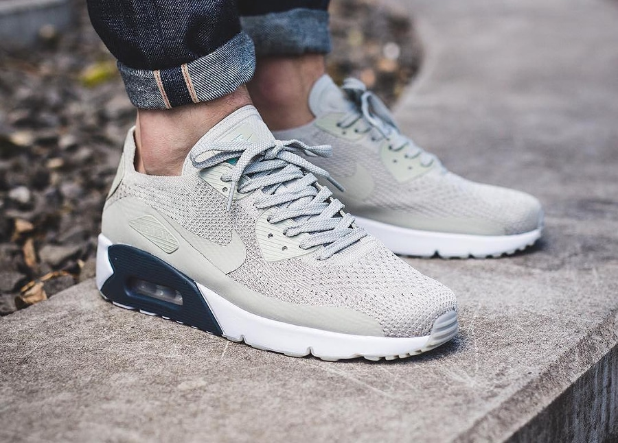 soldes-Nike-Air-Max-90-Ultra-2.0-Flyknit-Beige-Pale-Grey-pas-cher