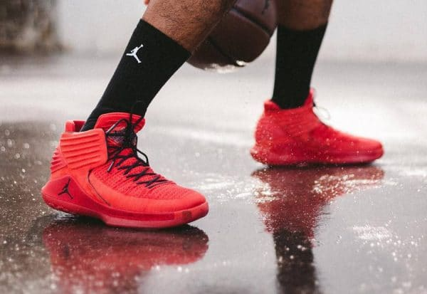 buy popular 10af4 21cd1 Chaussure Air Jordan XXXII 32 Flyknit Rouge Rosso Corsa