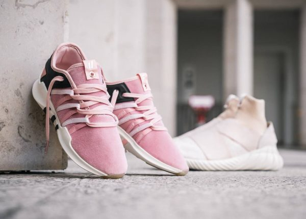 Chaussure Overkill x Fruition x Adidas Consortium Sneaker Exchange
