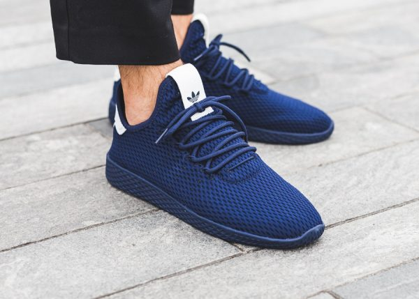 Chaussure Pharrell Williams x Adidas PW Tennis Hu Solid Monochrome Dark Blue