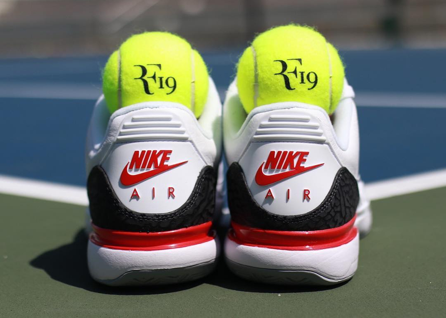 Chaussure Roger Federer x NikeCourt Zoom Vapor Tour AJ3 Fire Red