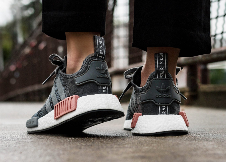 adidas-nmd-r1-w-digi-camo-grey-five-BY9647 (1)