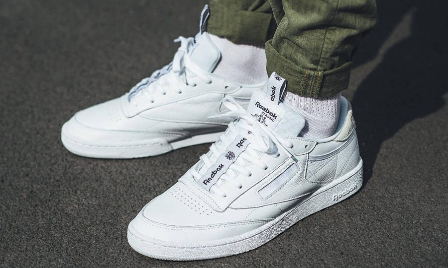avis chaussure Reebok Club C 85 IT Iconic Taping Pack blanche