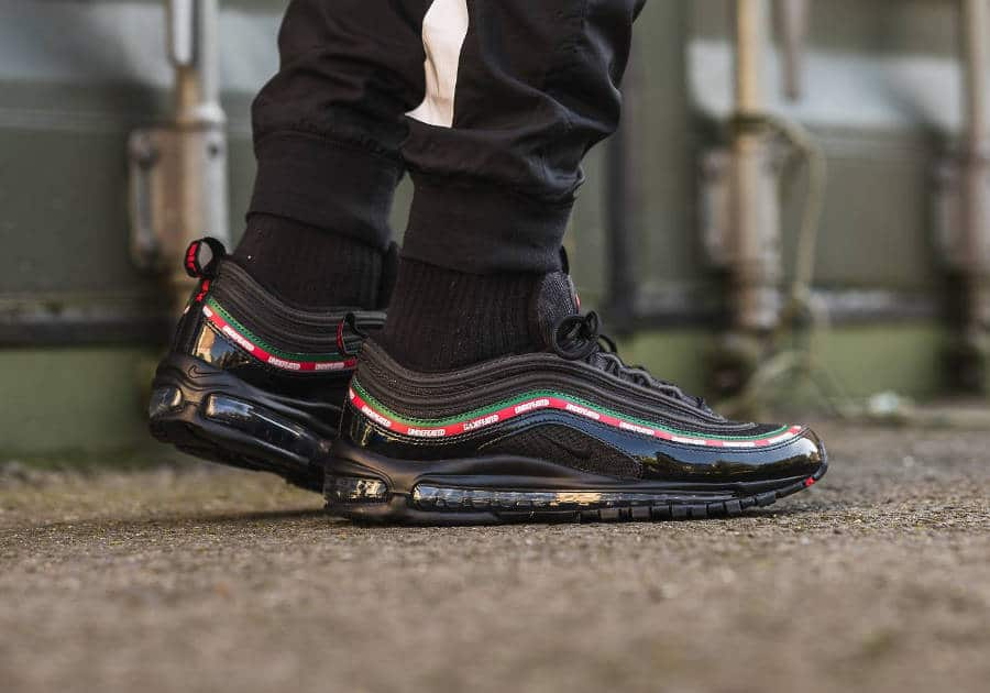 air max 97 noir undefeated