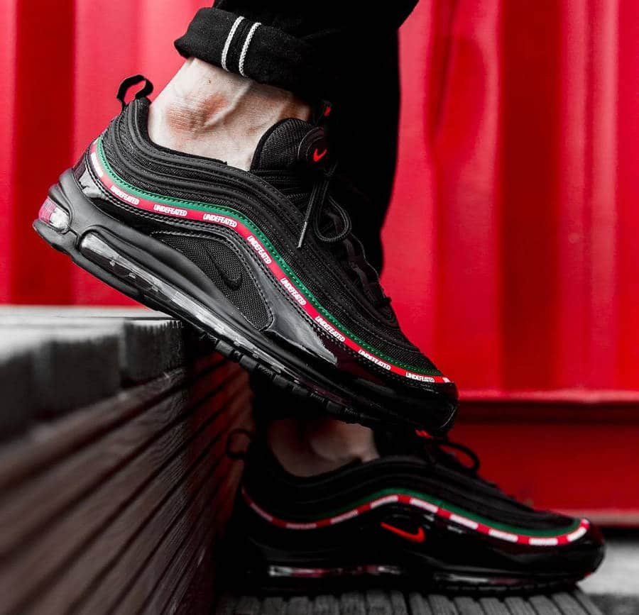 premium selection d3aa9 62b2a Undefeated x Nike Air Max 97 OG Noire 'Gucci' : notre avis