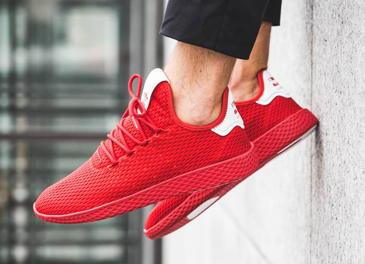 basket-pharrell-adidas-tennis-hu-rouge-scarlet-BY8720_07 (2)