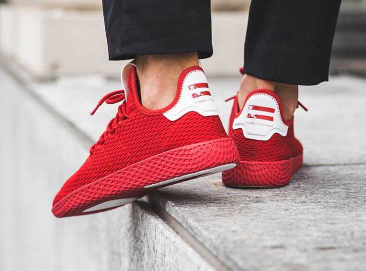 basket-pharrell-adidas-tennis-hu-rouge-scarlet-BY8720_07 (3)