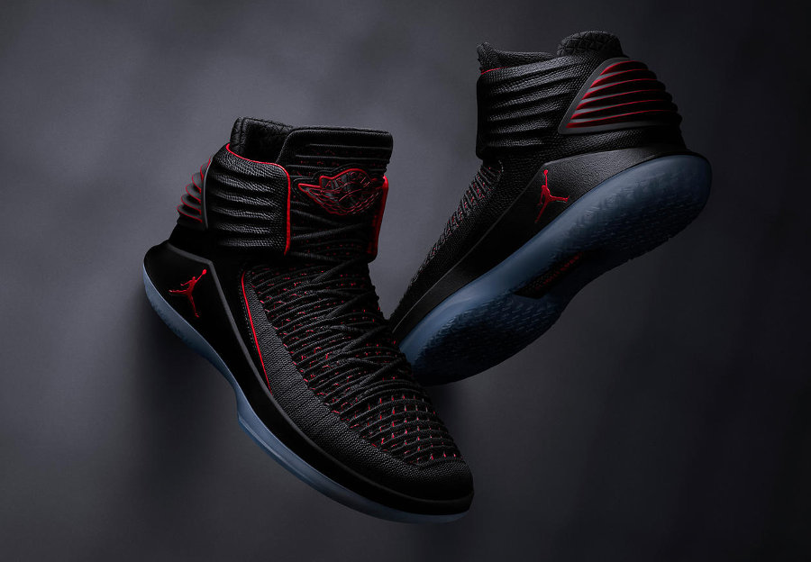 Air Jordan XXXII 'Bred'