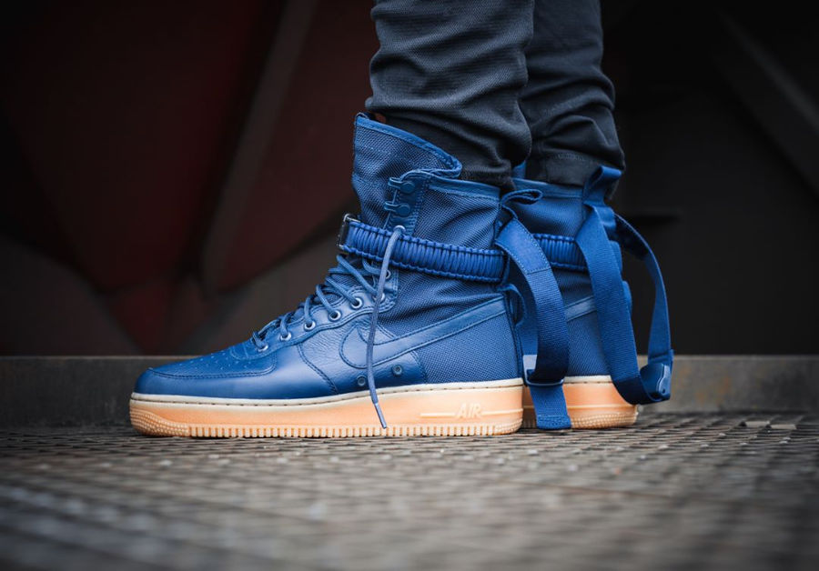 Chaussure Nike Air Force 1 SF AF1 Special Field Midnight Navy Gum
