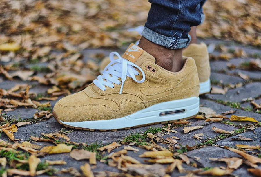 Chaussure Nike Air Max 1 Premium Suede Flax Wheat 2017