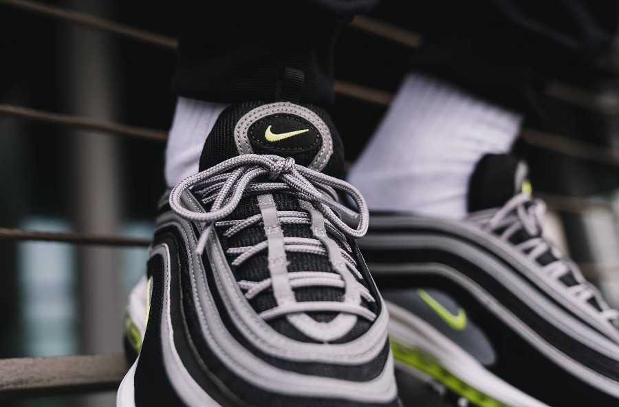 basket-air-max-97-og-neon-retro-2017-921826-004 (3)