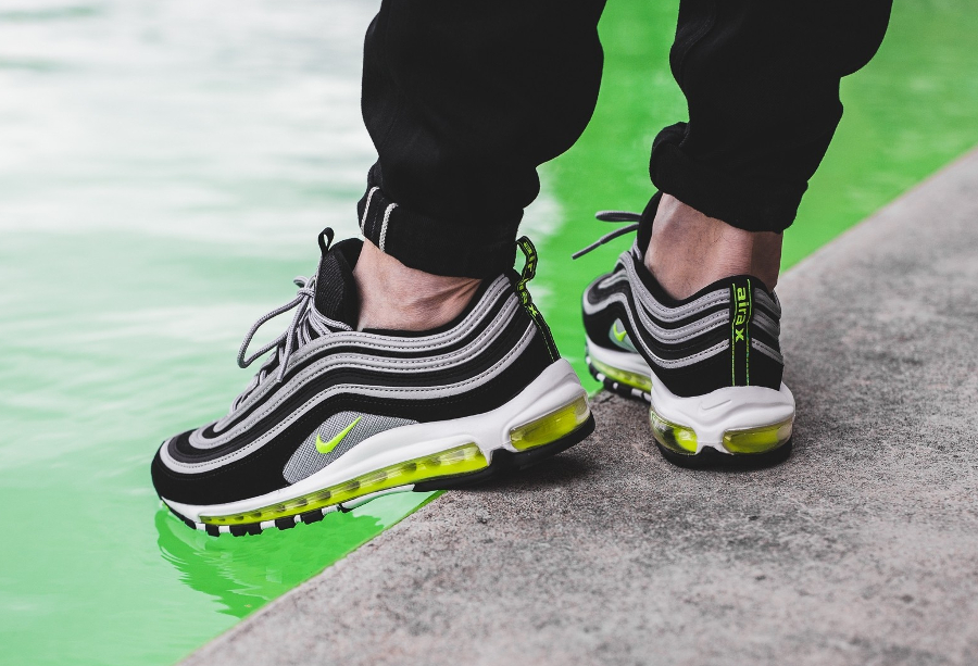basket-air-max-97-og-neon-retro-2017-921826-004 (9)