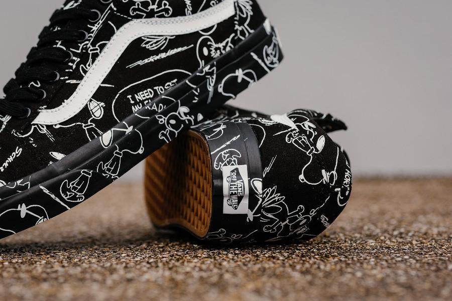 basket-vans-old-skool-black-leather-snoopy-VA38G1QOG (1-1)