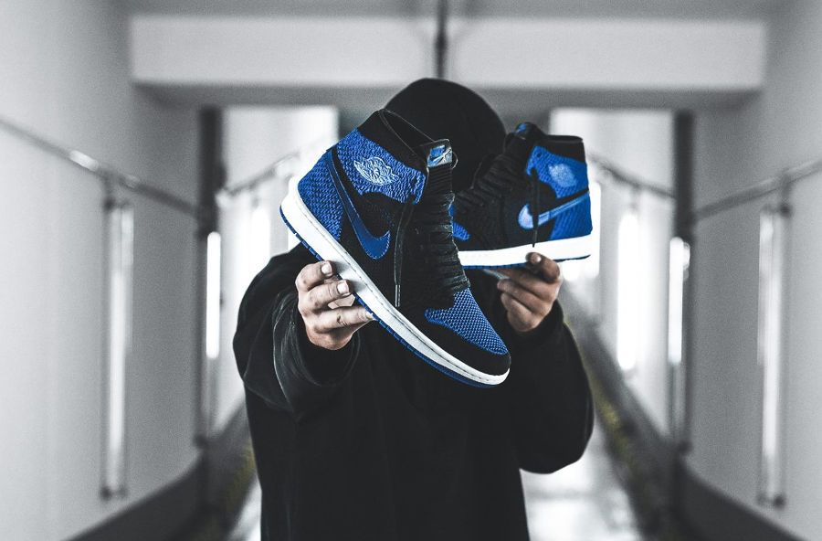 chaussure-air-jordan-1-high-retro-flyknit-royal-blue-919704-006 (4)