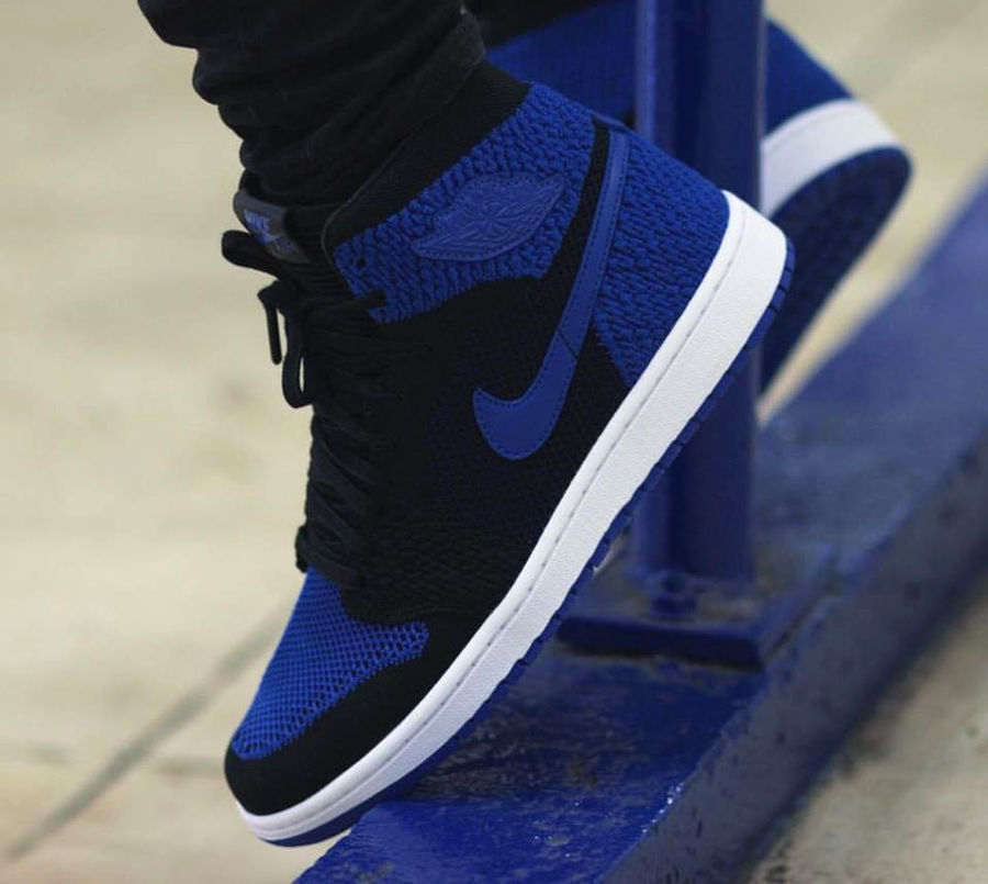 chaussure-air-jordan-1-high-retro-flyknit-royal-blue-919704-006 (5)
