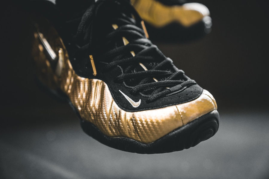 chaussure-nike-air-foamposite-pro-dorée-metallic-gold-624041-701 (1)