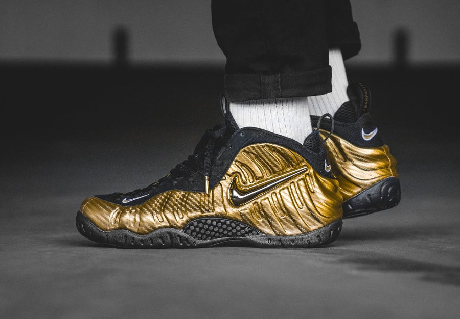 chaussure-nike-air-foamposite-pro-dorée-metallic-gold-624041-701 (2)
