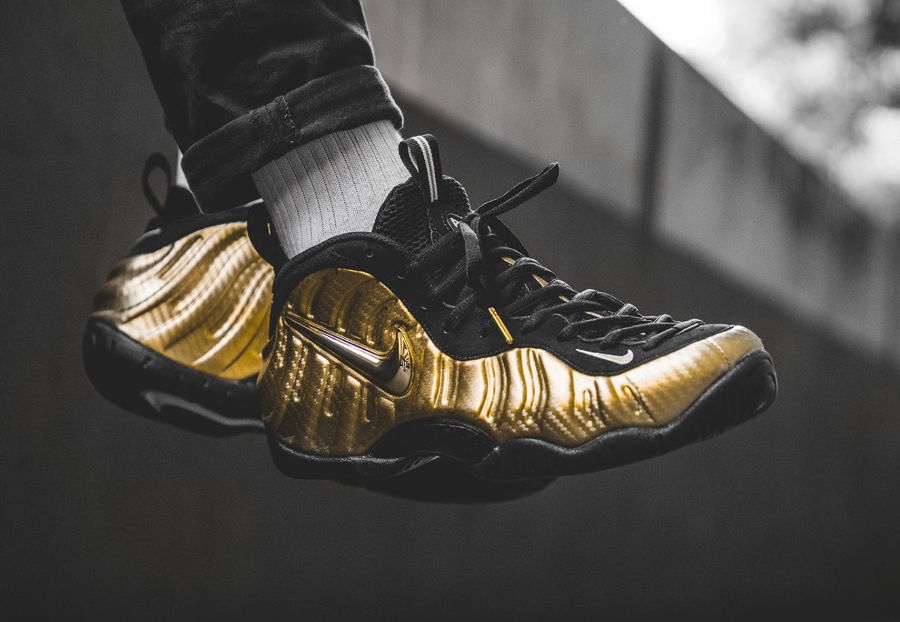 Nike Air Foamposite Pro 'Metallic Gold'