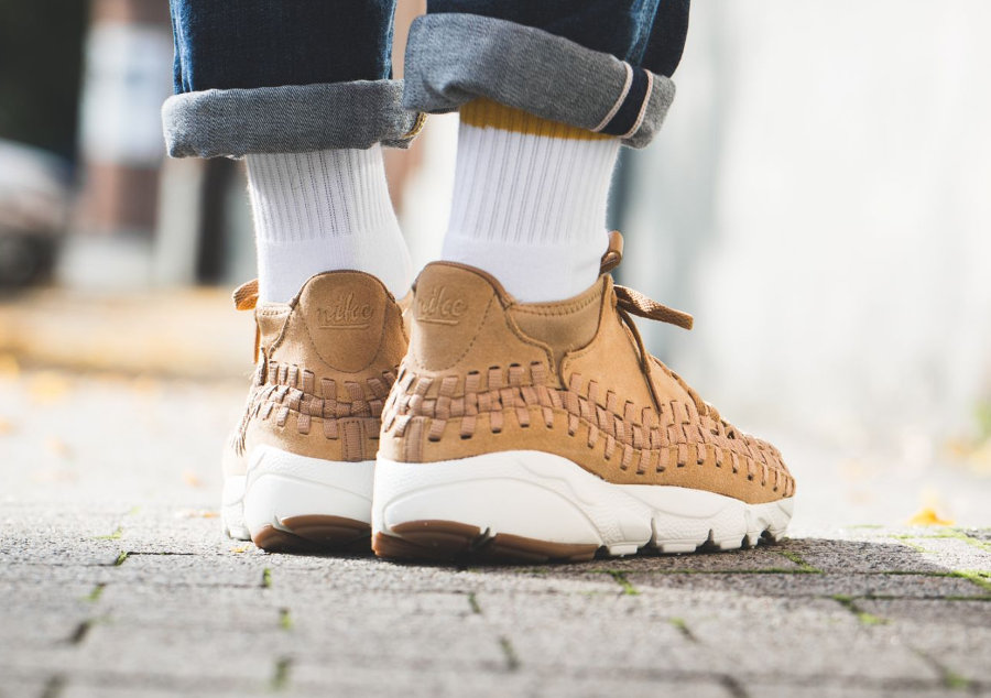 chaussure-nike-air-footscape-woven-chukka-wheat-pack-443686-205 (1)