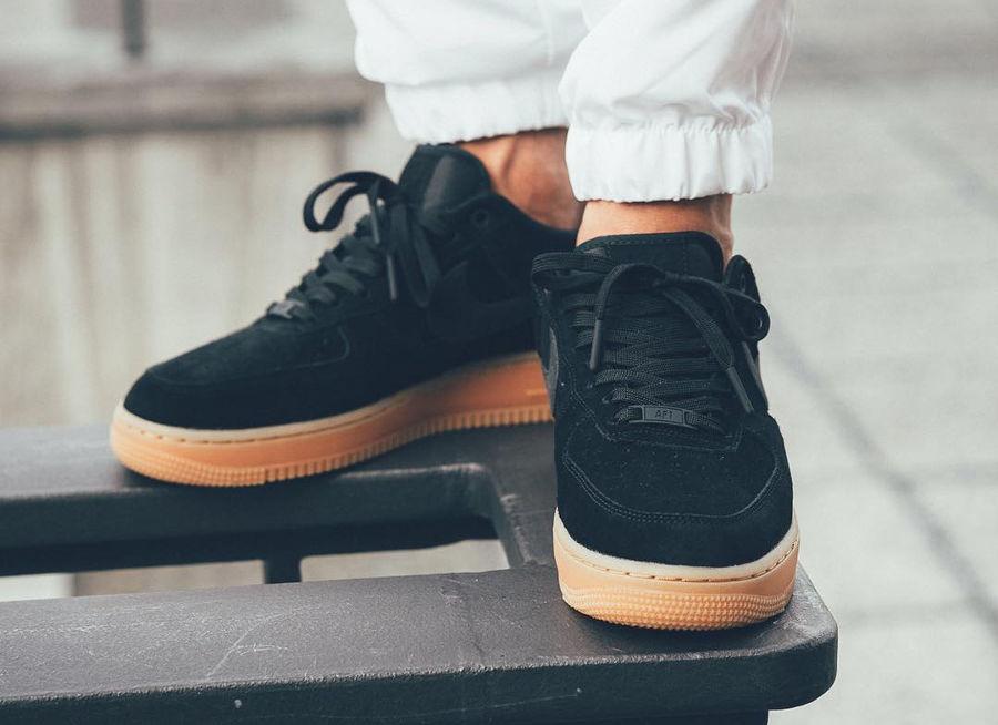 Nike Air Force 1 07 LV8 Suede Noir  Black Gum  2017 53c9411d1192