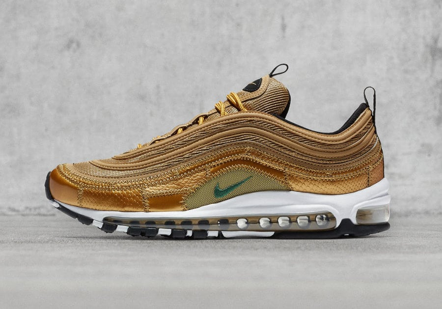 nike-air-max-97-metallic-gold-cristiano-ronaldo-patch-coutures-AQ0655-700 (6)