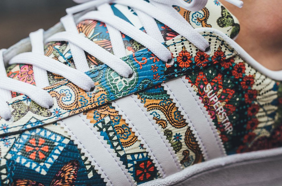 sports shoes dab47 240df Farm Company x Adidas Superstar femme 'Tropical Flowers'