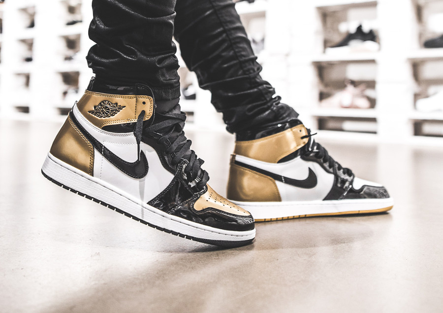 Air Jordan 1 High Retro OG 'Gold Top 3'