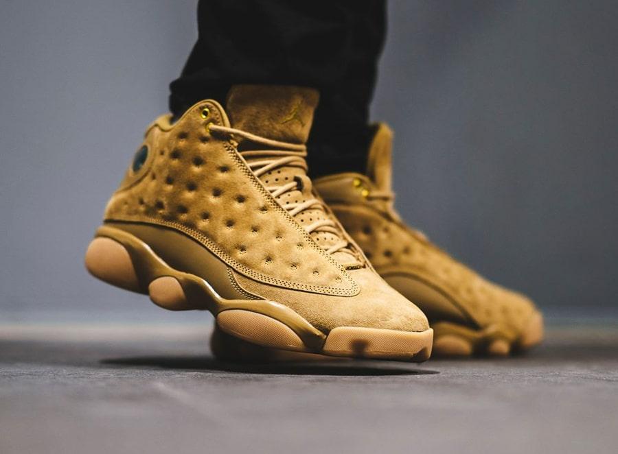 Chaussure Air Jordan 13 Retro Suede Wheat Elemental Gold