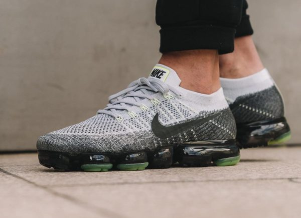 Nike Air Vapormax Flyknit 'Neon' (Heritage Pack)