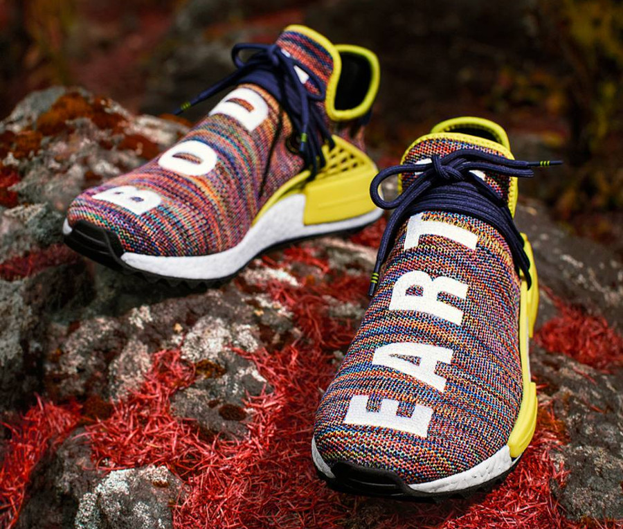 Chaussure-pharrell-williams-adidas-pw-nmd-hu-tr-Earth-body-AC7360 (1)