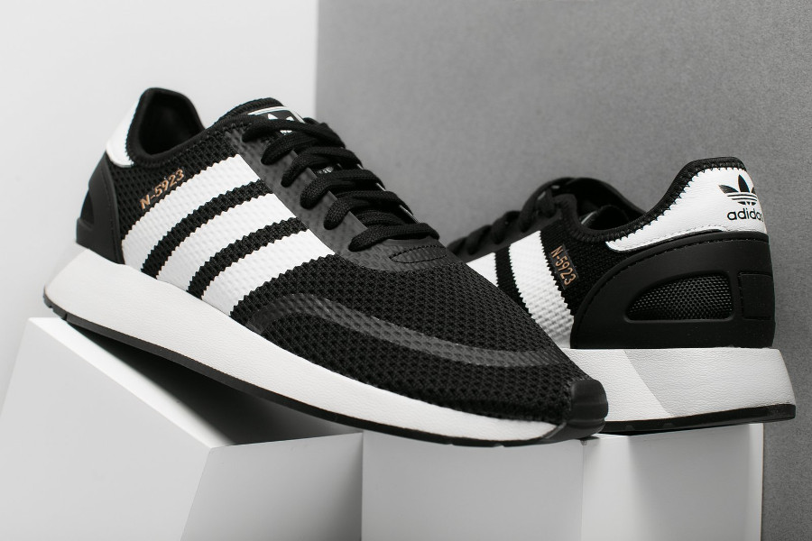 basket-adidas-n5923-iniki-black-metallic-gold-CQ2337 (3)