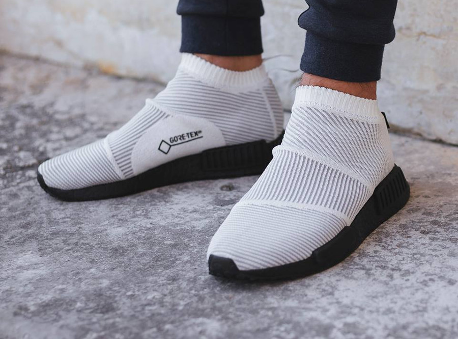 Adidas NMD CS1 City Sock Gore Tex blanche White on feet