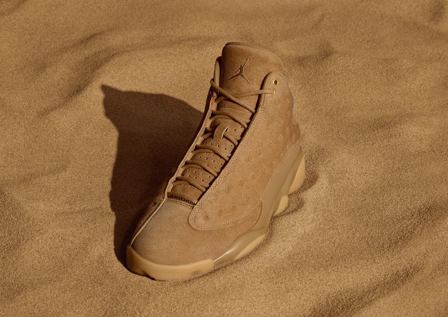 basket-air-jordan-retro-xiii-wheat-daim-marron-414571 705
