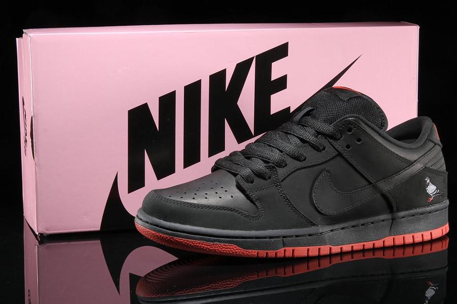basket-nike-dunk-low-trd-qs-black-pigeon-semelle-rouge-883232-008 (1)