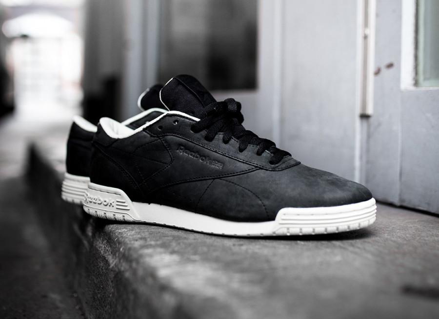 basket-reebok-exofit-lo-clean-cuir-noir-black-paper-white-bs8315-4 (1)
