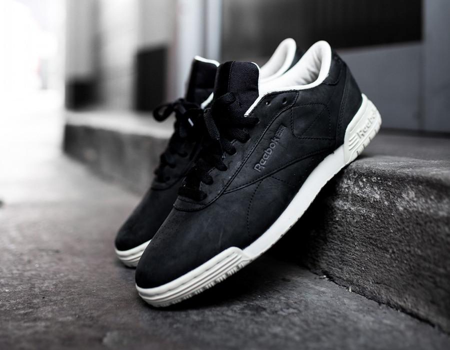 basket-reebok-exofit-lo-clean-cuir-noir-black-paper-white-bs8315-4 (2)