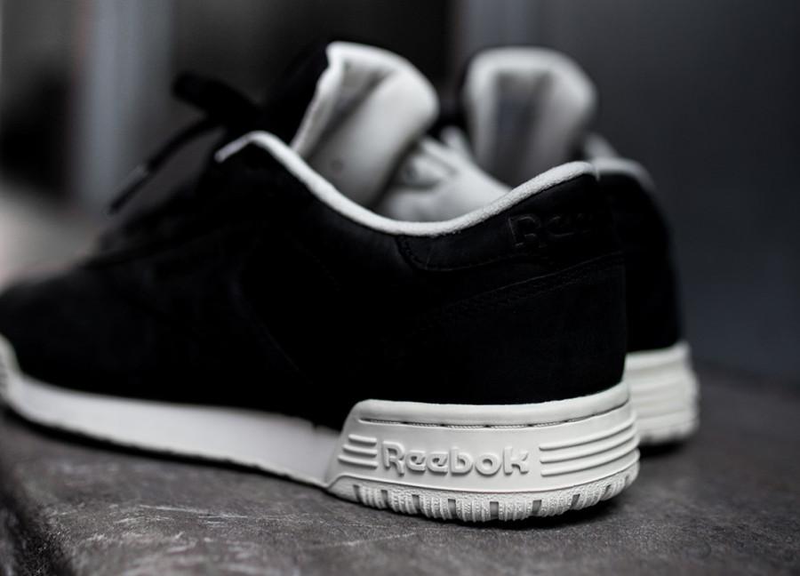basket-reebok-exofit-lo-clean-cuir-noir-black-paper-white-bs8315-4 (3)