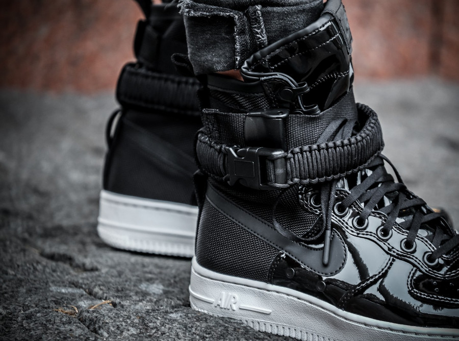 meilleur service b6890 8c1c2 Nike Air Force 1 SF AF1 Noire Ruby Rose 'Force is Female'